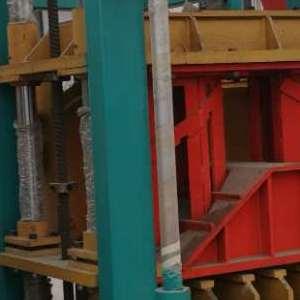 建丰砖机 多功能路面彩砖机 环保水泥制砖机  空心砖机 厂家直供
